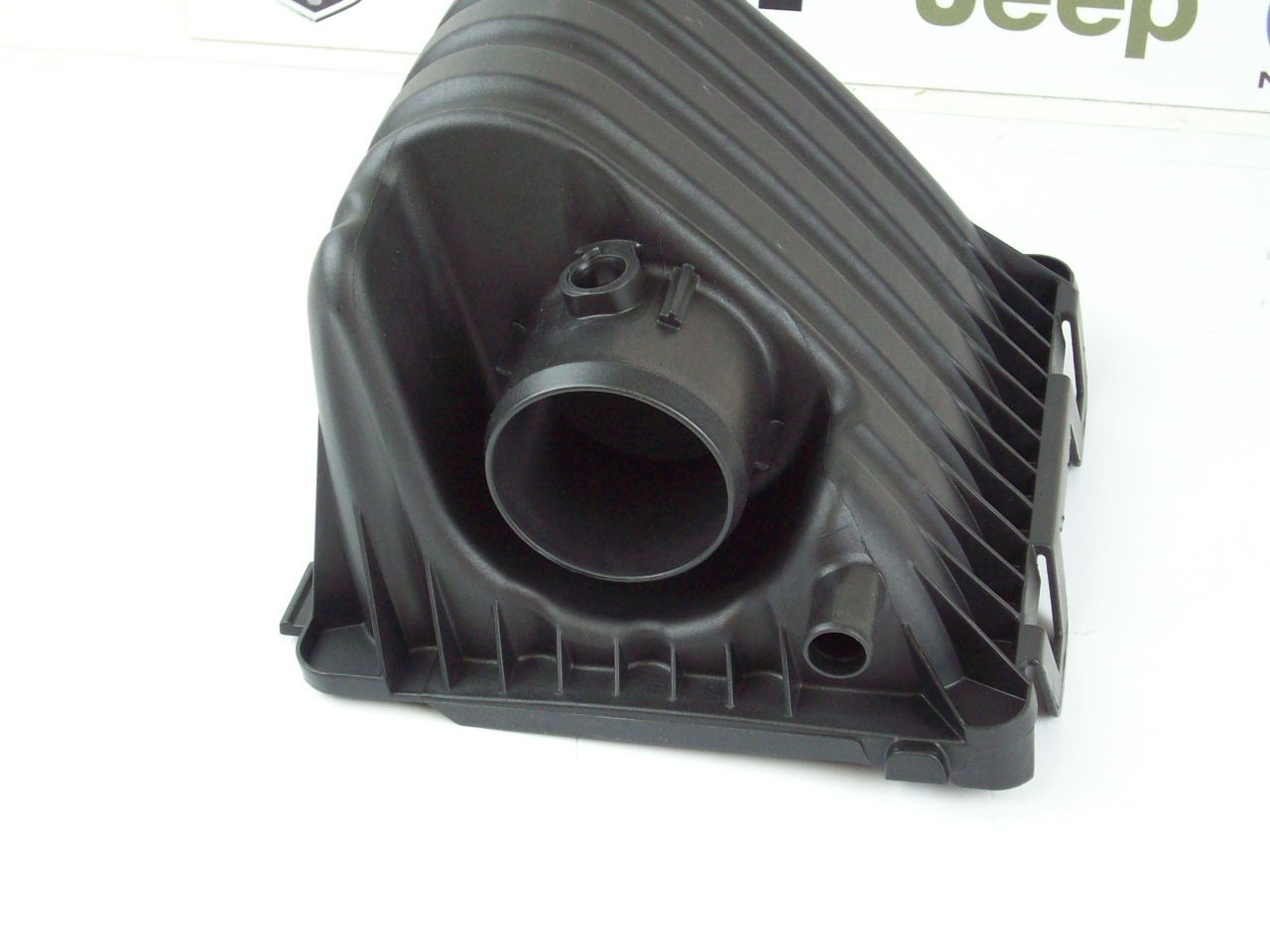 Air Cleaner Box : Upper air cleaner filter box cover intake aa mopar