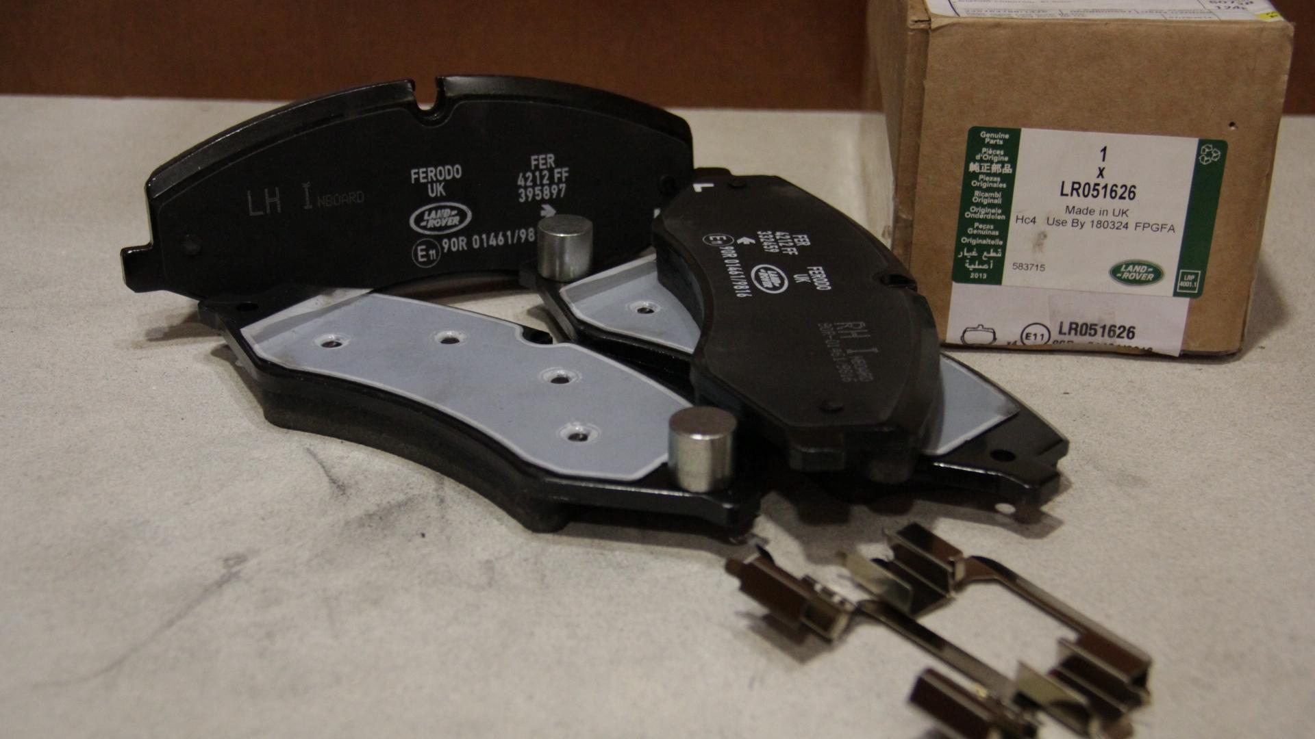 Land Rover Oem 10 16 Lr4 Brake Front Pads Lr051626 Ebay