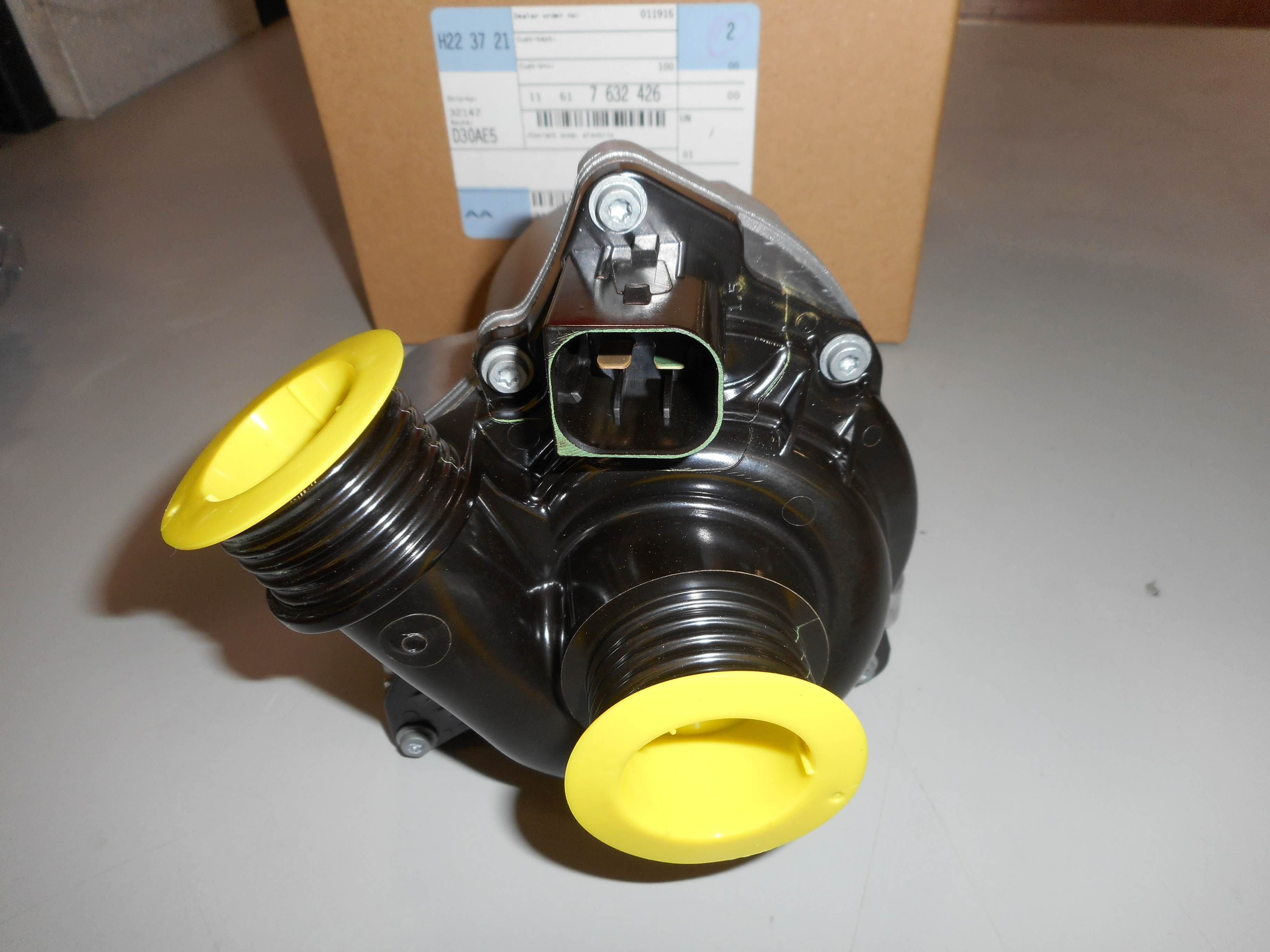 Bmw Oem 09 16 Z4 Engine Water Pump 11517632426 Ebay